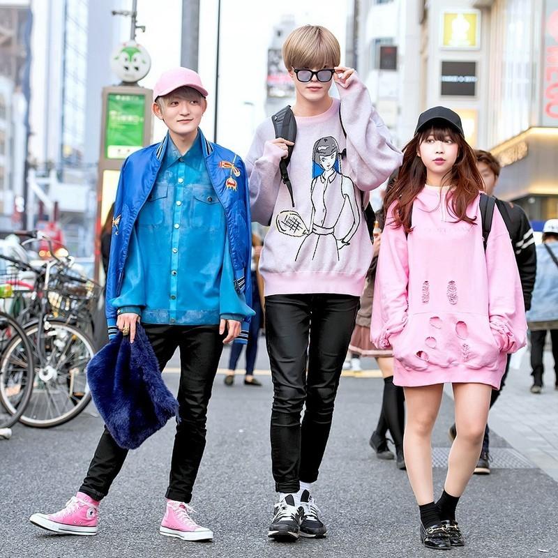 гражданам как одевается молодежь на улице фото общем заходите
