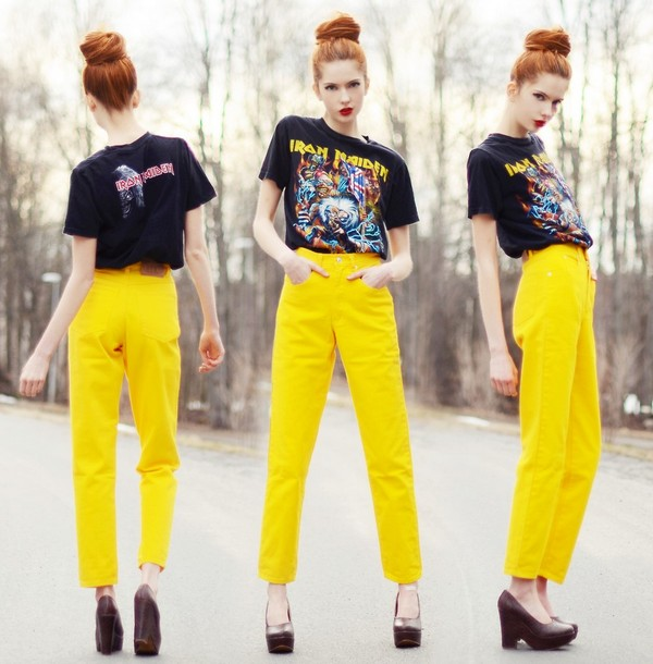 Яркие желтые штаны