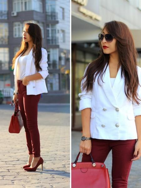 Белый с бордо