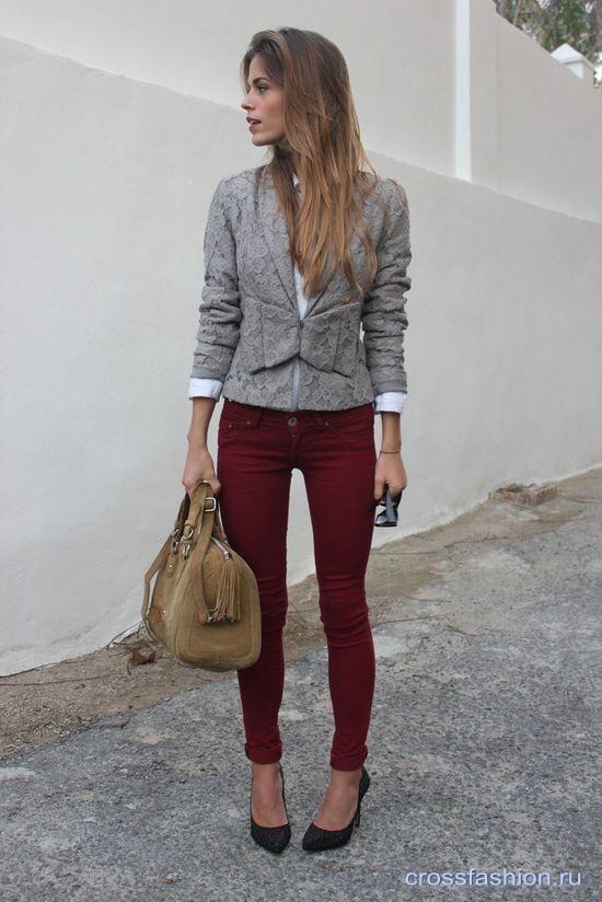 Бордовые или винные джинсы