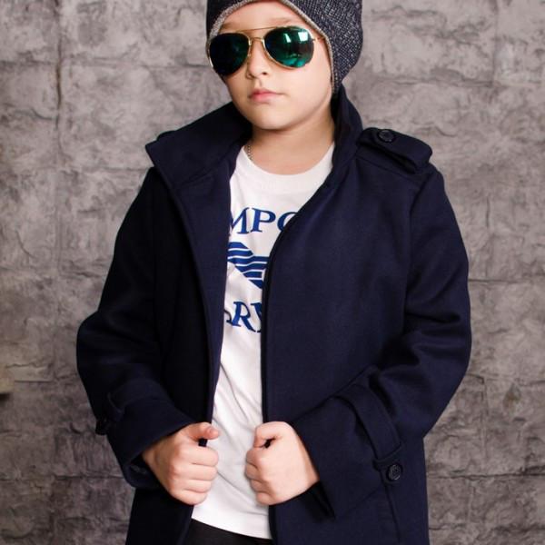 Черное теплое пальто