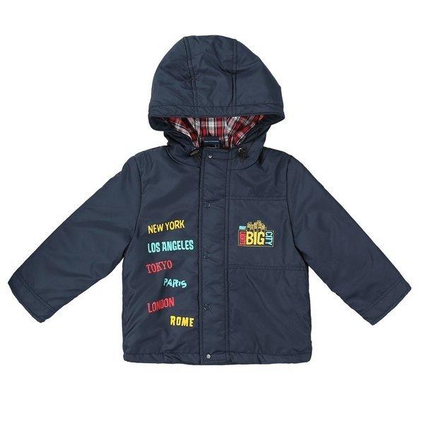 Детская куртка с нашивками