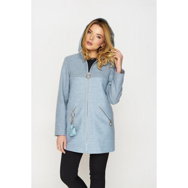 Голубой оттенок верхней зимней одежды