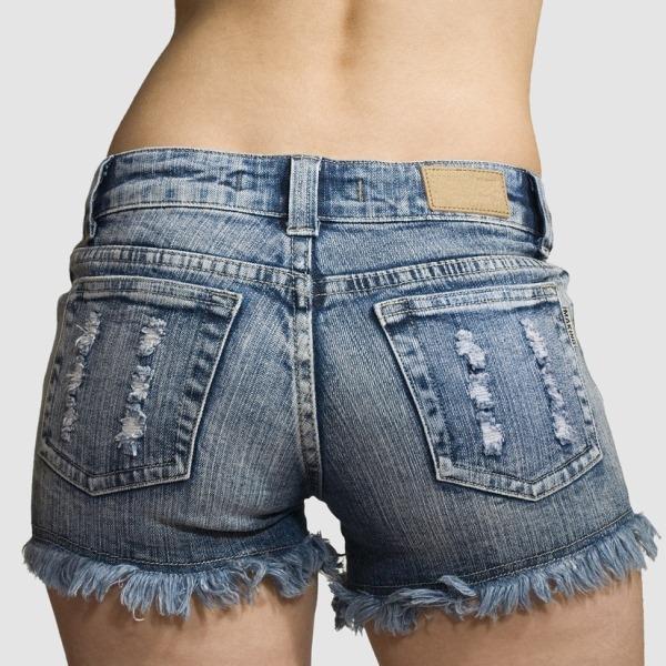Как сделать из джинс шорты