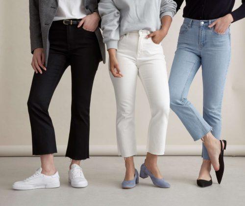 Классические синие и голубые джинсы