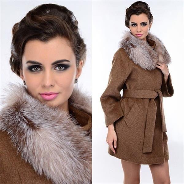 Коричневое демисезонное пальто