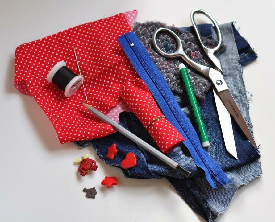 Материалы и инструменты для пошива