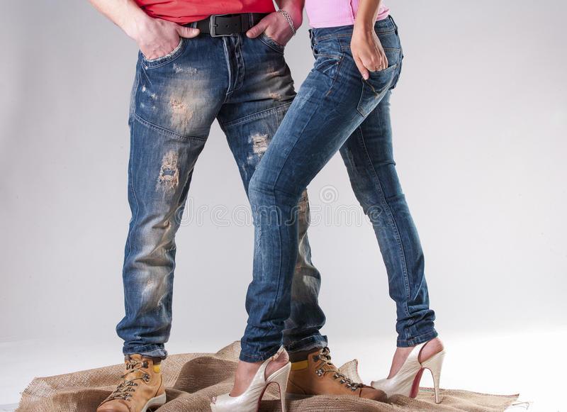 Мужские и женские джинсы