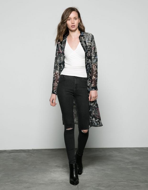 Сегодня черные джинсы-скинни вошли в категорию must have в гардеробе