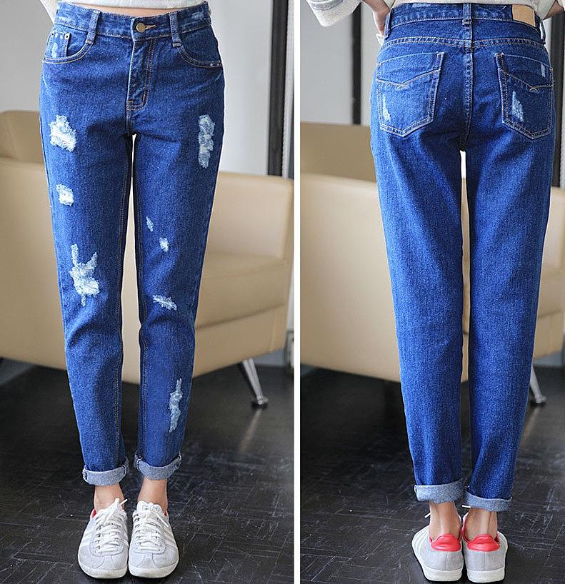 Свободные джинсы с оригинальными разрезами
