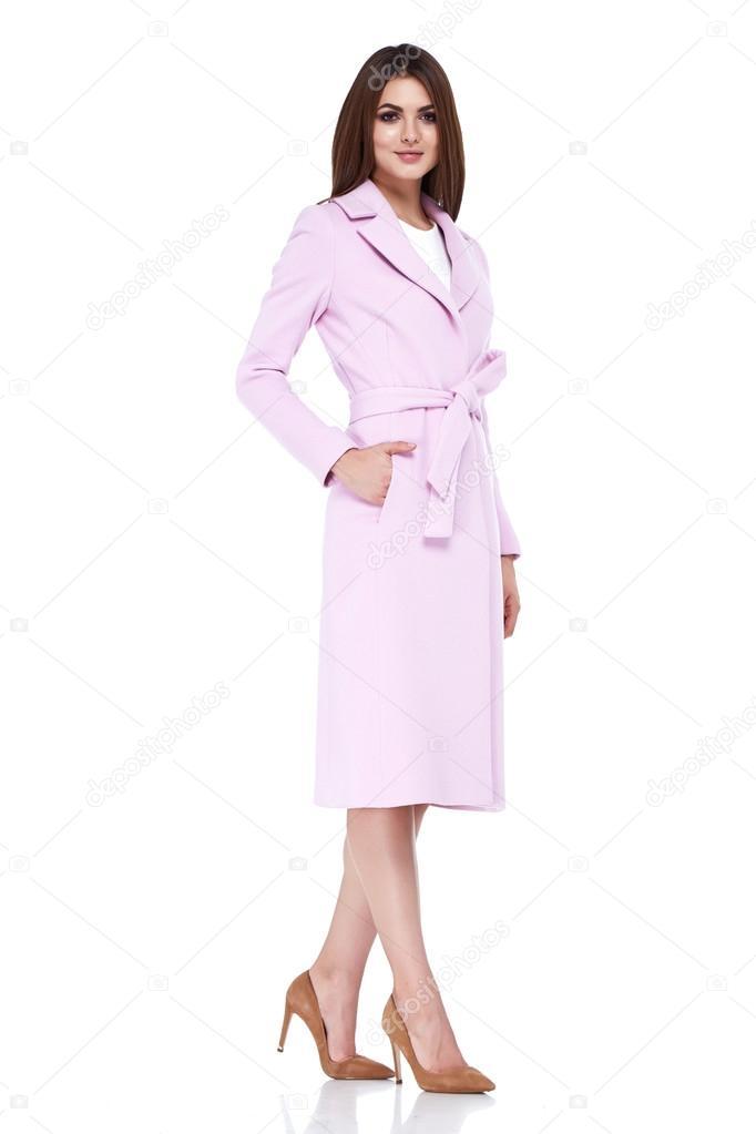 Женщина в длинном пальто