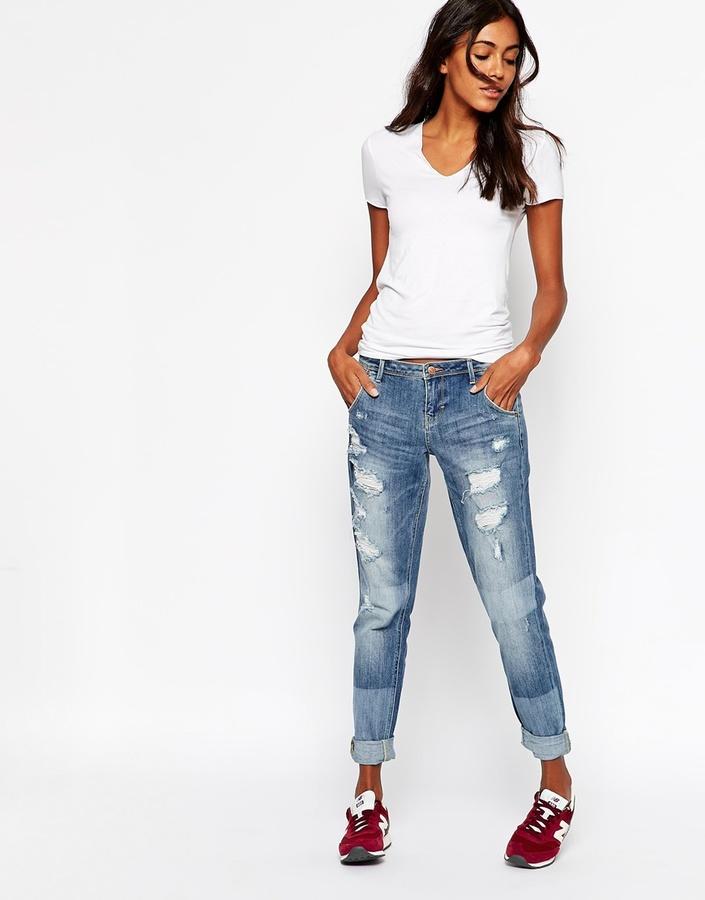 Женские синие рваные джинсы-бойфренды