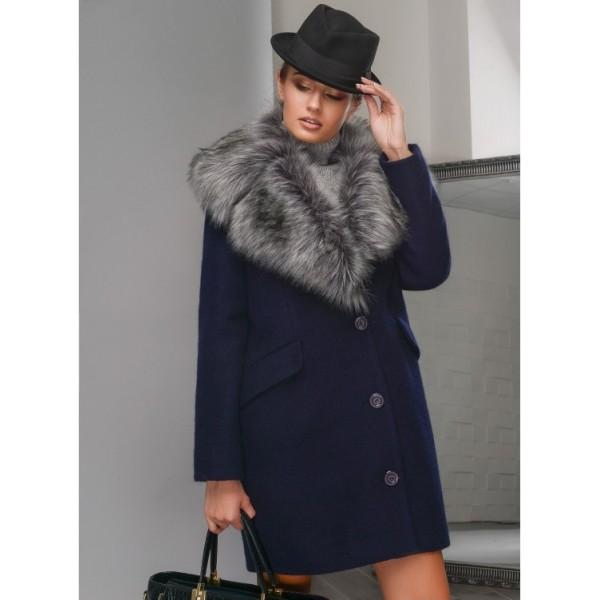 Зимнее пальто синего цвета