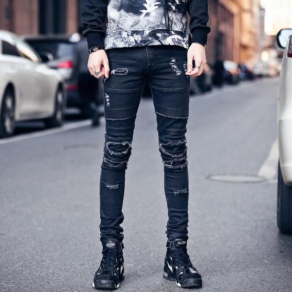 Зимние рваные джинсы на парня