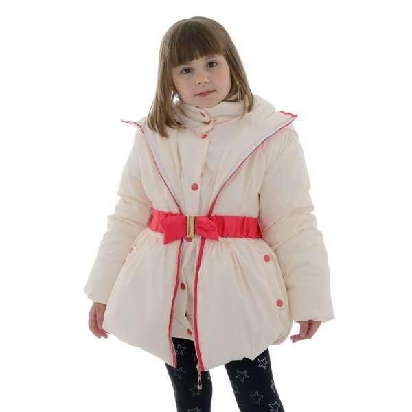 Зимняя куртка для девочки белого цвета