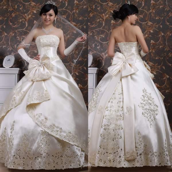Бант украсит платье