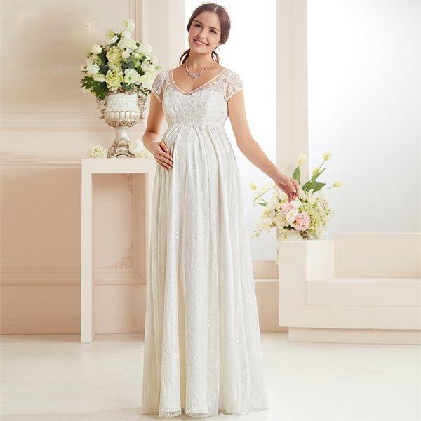 Беременная на свадьбе