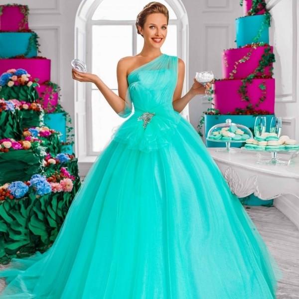 Бирюзовое свадебное платье