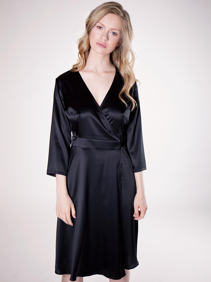 Черное шелковое платье-халат