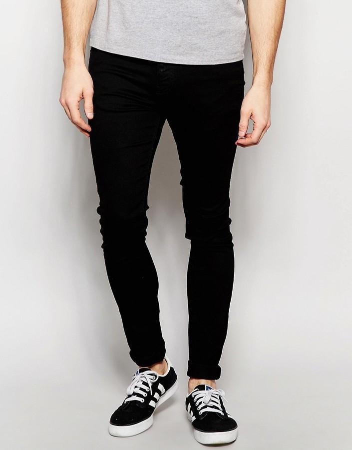 Черные оттенки одежды