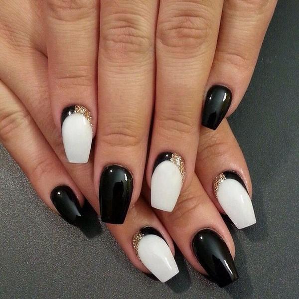 Черный и белый цвет ногтей