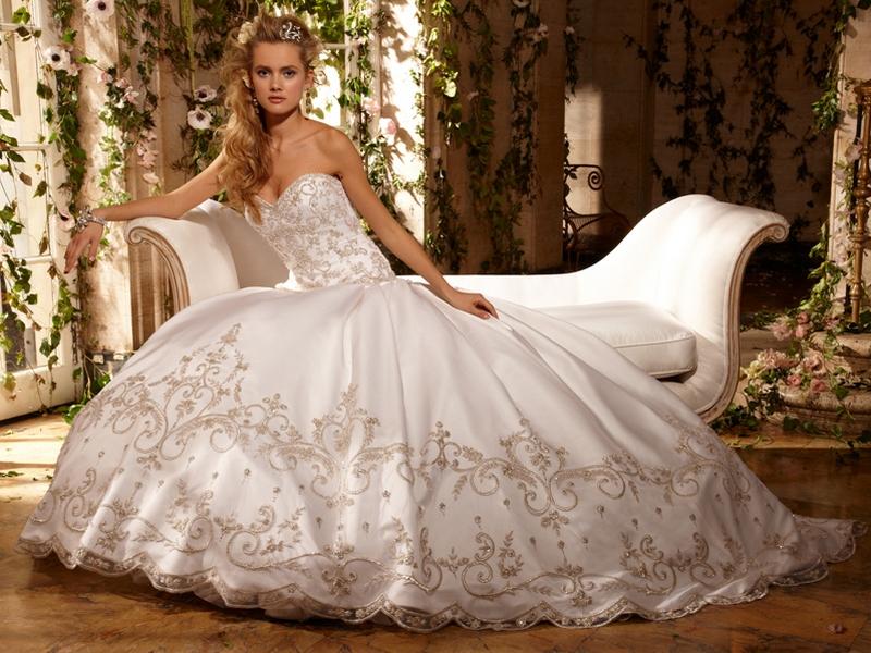 Что можно найти в салоне свадебного платья