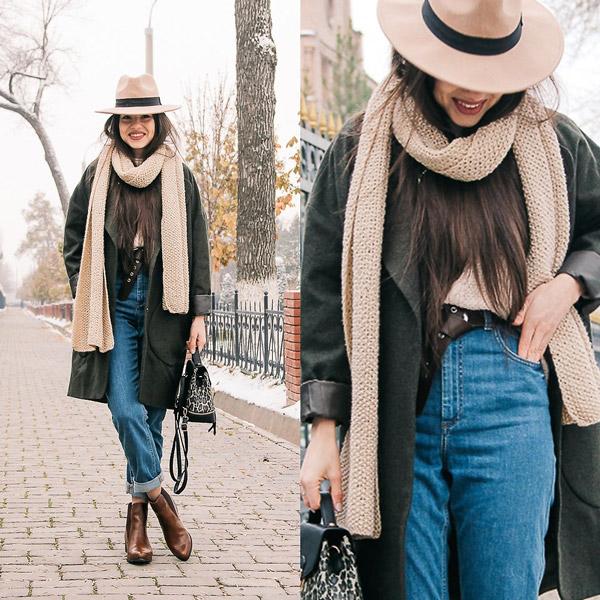 Девушка в джинсах американках