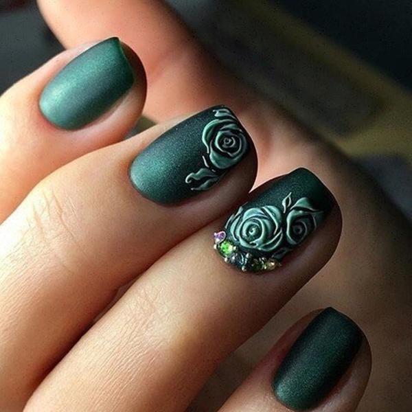 Дихайн ногтей под зеленое платье