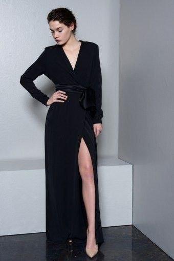 Длинное платье-халат в пол с поясом из атласа