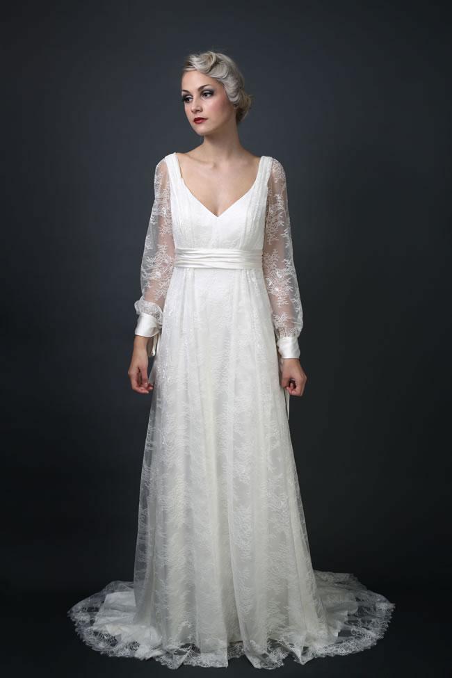 Длинный рукав платья