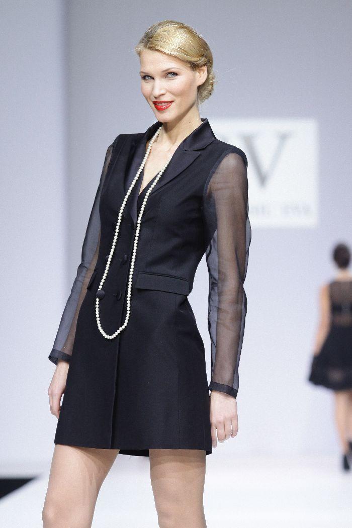 Эксклюзивный длинный пиджак-платье