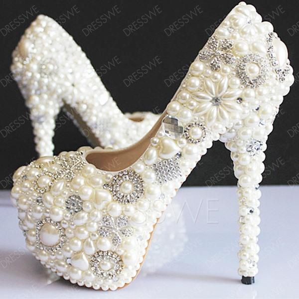 Элегантная обувь на каблуке
