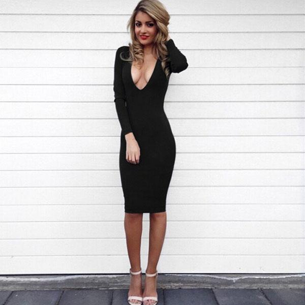 29c38311d21 ... маленького черного платья · Глубокое декольте