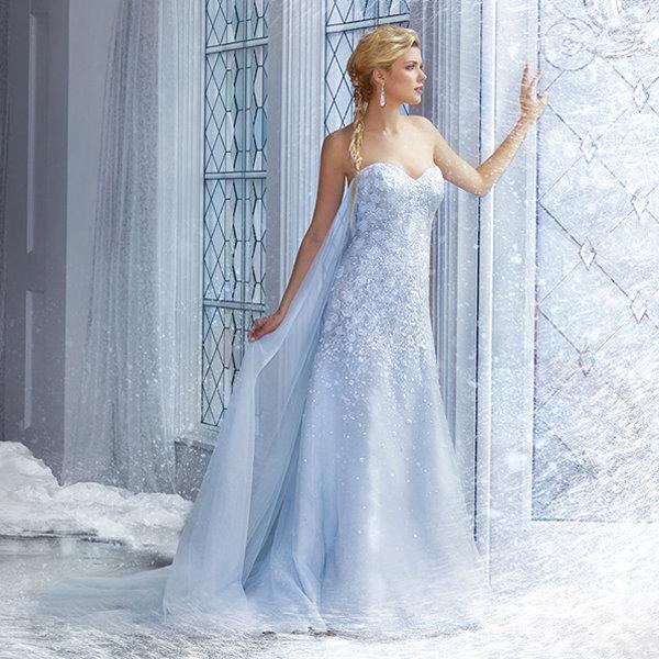 Голубой цвет для невесты