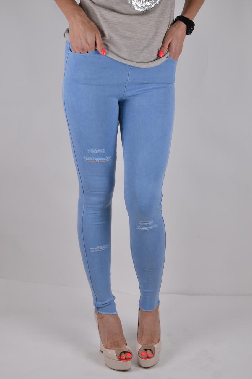 Голубые джинсы для девушек
