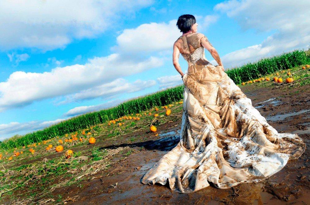 Испачканное платье