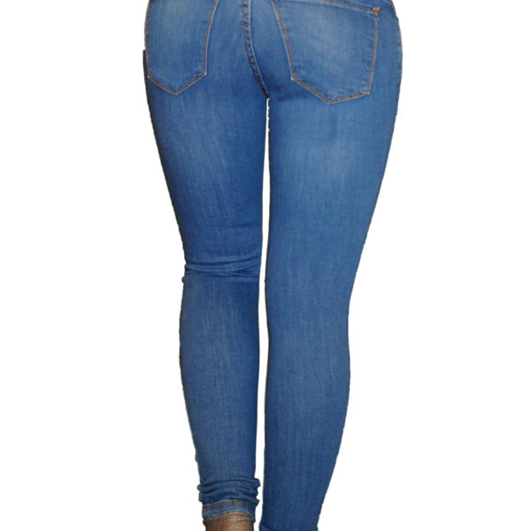 Как выбрать узкие джинсы