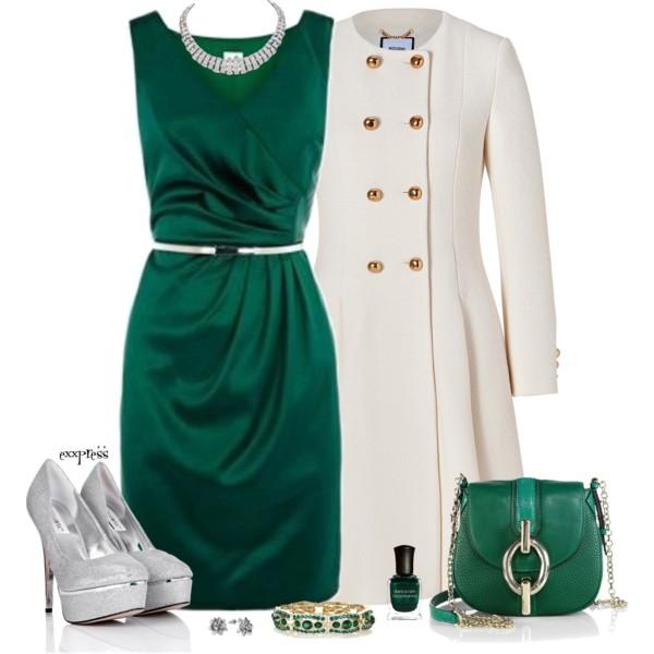 Классическим вариантом считается тёмно-зелёное платье с чёрными закрытыми строгими туфлями