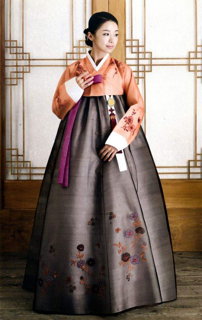 Корейский женский костюм