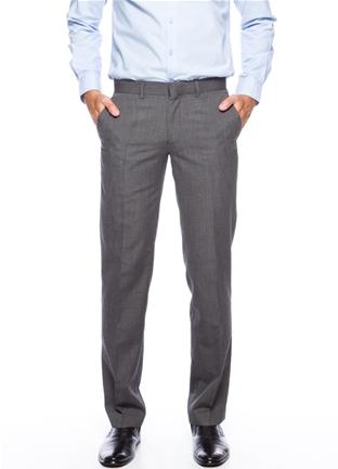 Коричневые брюки для мужчины в деловом стиле