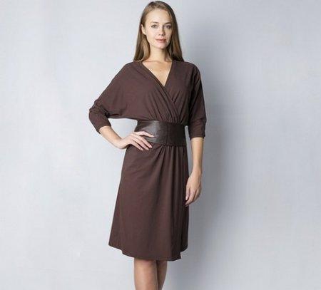 Коричневый цвет одежды