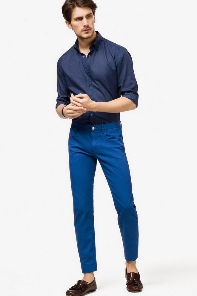 Короткие синие штаны