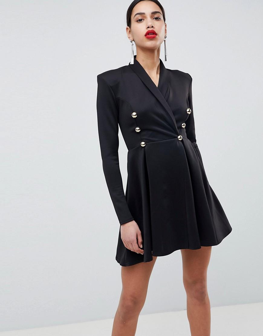 Короткое приталенное платье-смокинг