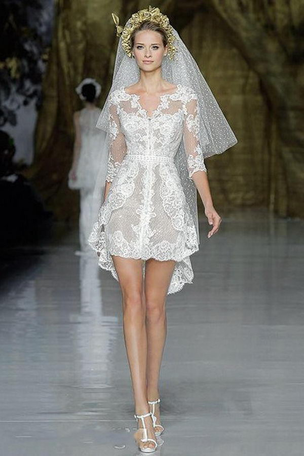 Красивое мини-платье
