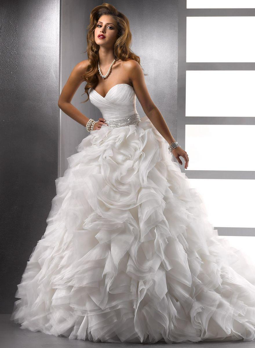 Шикарное свадебное платье картинки