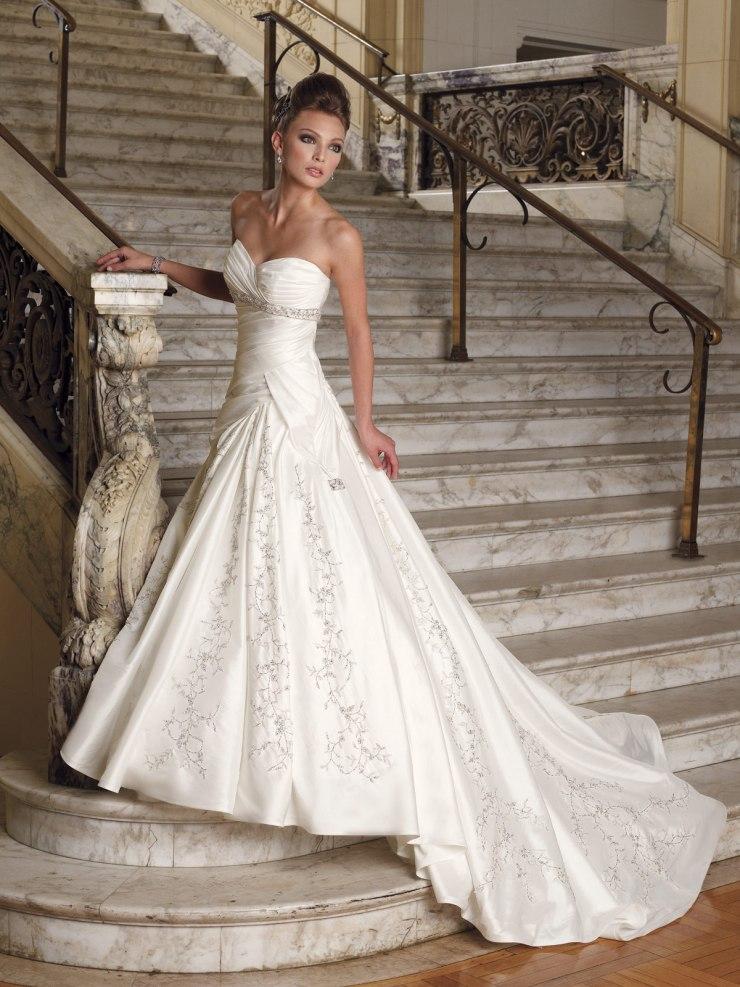 Красивые свадебные платья - последние новинки сезона