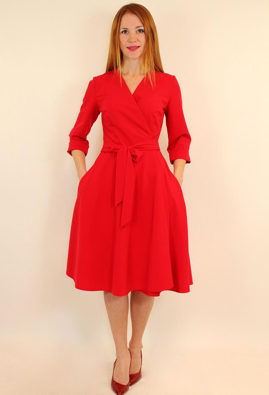 Красное платье-халат