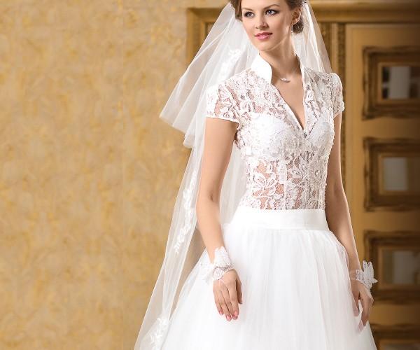 Кружева в свадебном платье