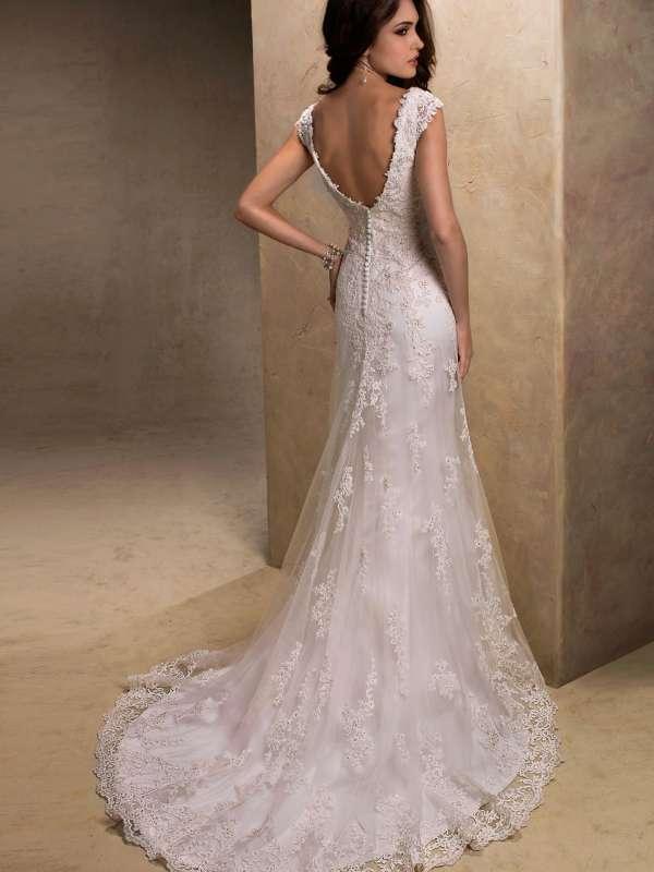 Кружевные свадебные платья с открытой спиной