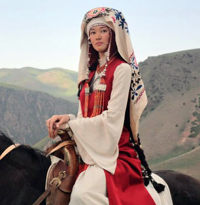 Кыргызская одежда